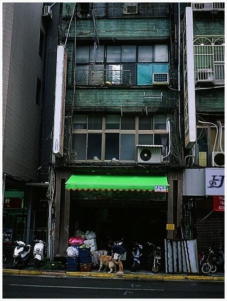 25n--台湾 迪化街  2019-9--30 contax t2 ベルビア50 1-87210015_R