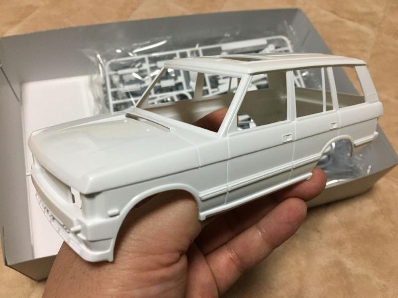 アオシマ モデルカー レンジローバー