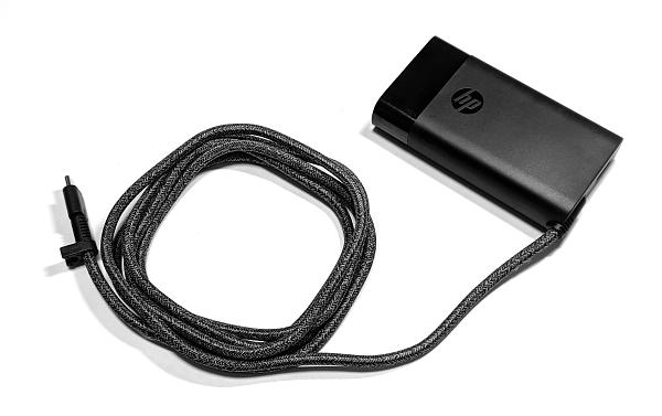HP 65W USB-C スリムACアダプター_IMG_20200205_214618