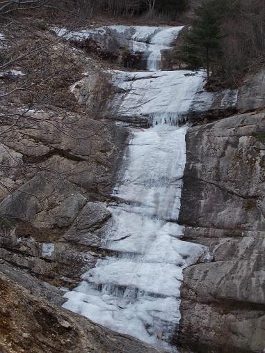 DSCN2016三段の滝 (1)