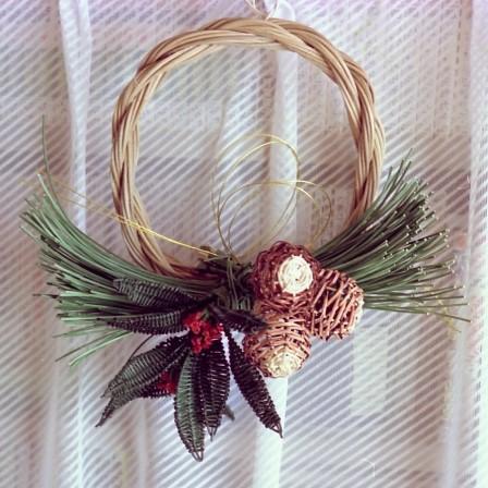籐のお正月用輪飾り
