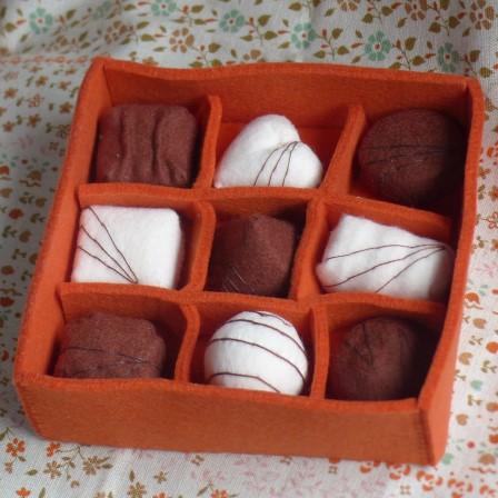 フェルト・チョコレート 箱 2
