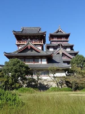 晴天の伏見桃山城1910