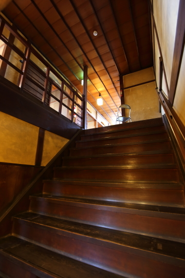 旧川本家住宅・大階段