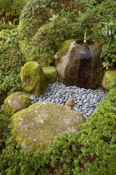 當麻寺西南院庭園・水琴窟