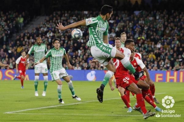 19-20_J13_Betis-Sevilla01s.jpeg