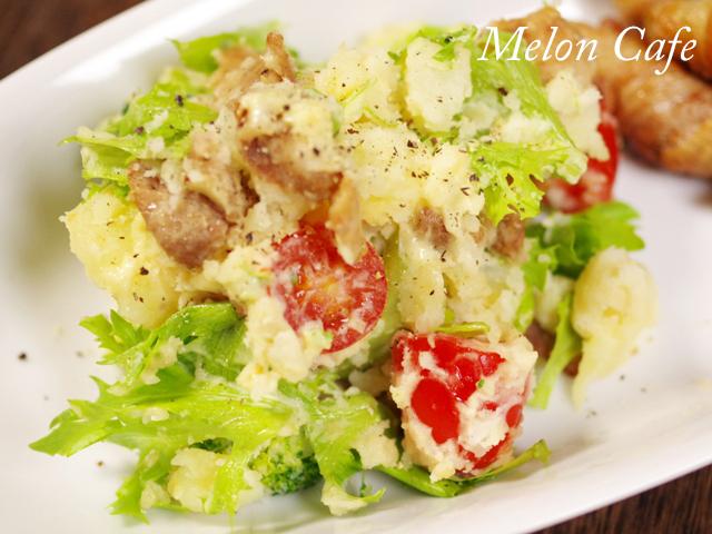 野菜も一緒に簡単が肉入りポテトサラダ