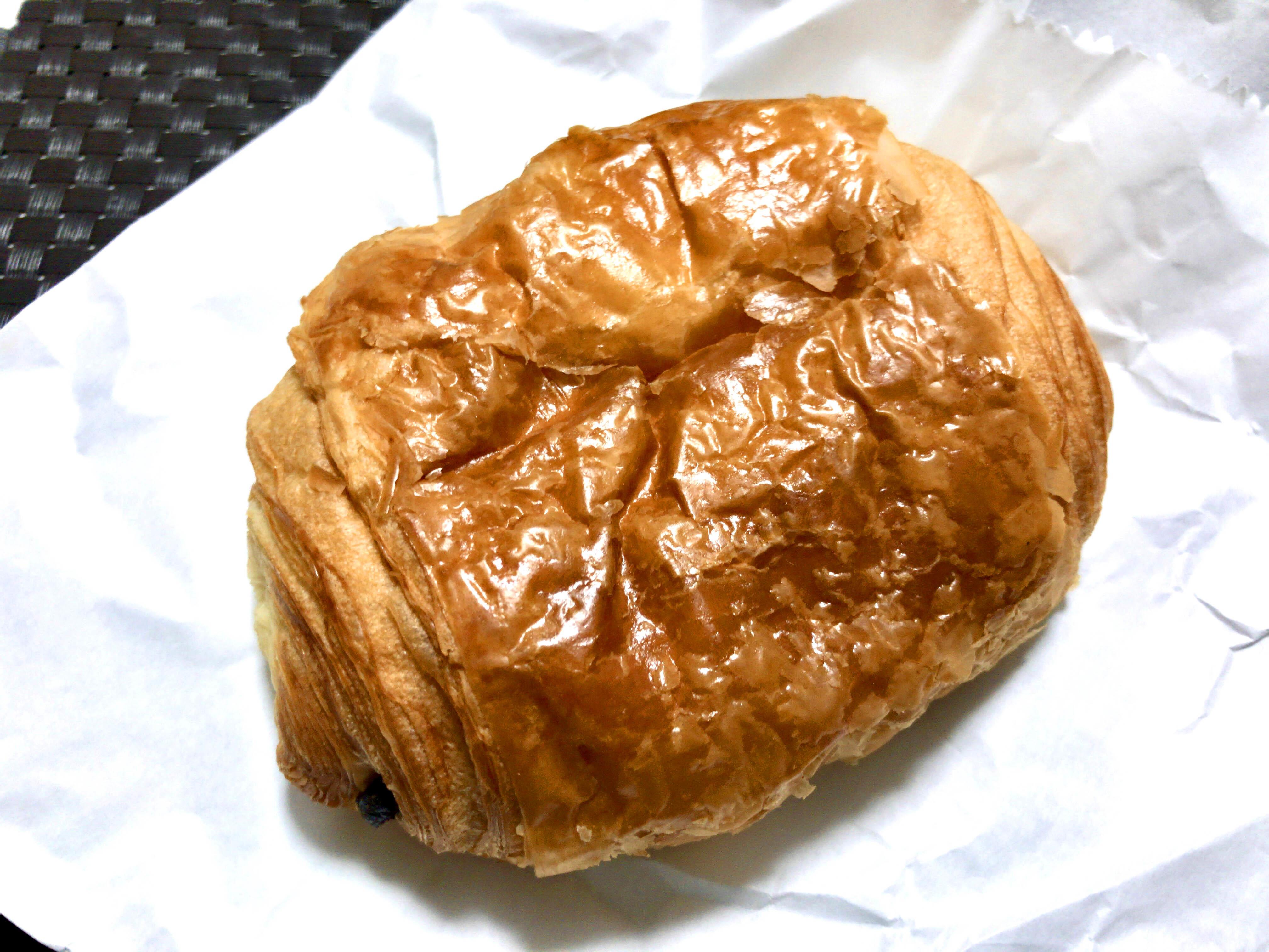 パン オ ショコラ 260円(税込)