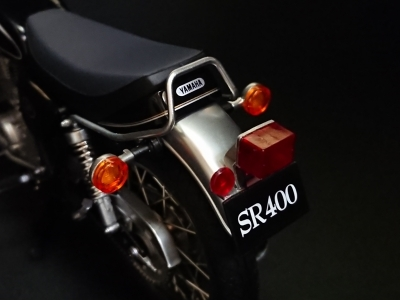 sr400-008.jpg