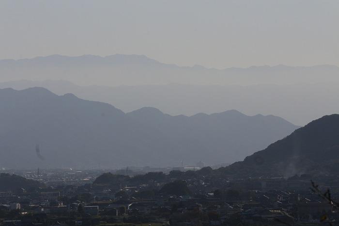 爺神山から見た南西の方の山々 1 11 5