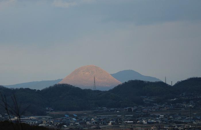 小正月に不思議な雪山発見 2 1 15