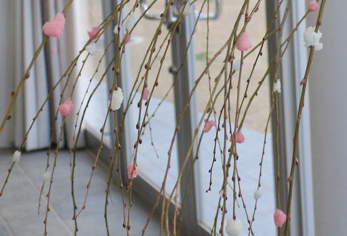 餅花 柳の木に かわらの里研修室  2 1 15