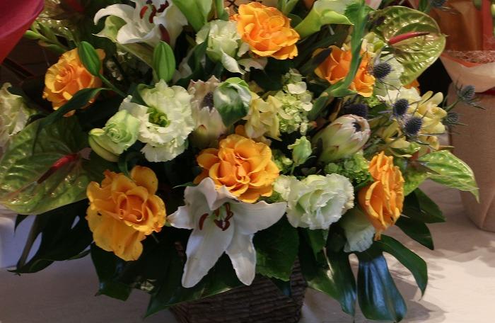 薔薇の花びらが綺麗で撮る 2 1 18