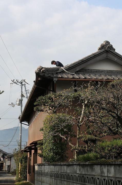 屋根の上の作業 2 2 25