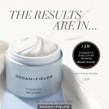 Cosmetic Executive Women Bath Body Prestige Award 2019 (Custom)