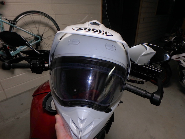 ヘルメット 絶壁 最適なサイズのヘルメットを手に入れる方法 [バイク]