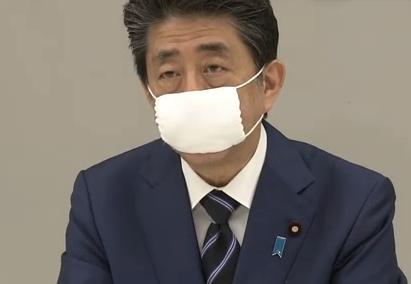 ラサール石井(64)「安倍のマスクの付け方が間違えてる!アゴが出ている!」→ ネット民「ガーゼマスクだから正しい着用の仕方」