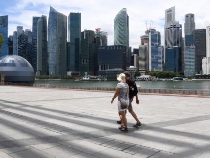 コロナ対策「東南アジアの優等生」だったシンガポール、WHOテドロス氏「シンガポール方式凄い」→ 今では10万人当たりの感染者数が中国を抜きアジアのトップになってしまう