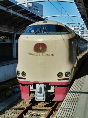 JR西日本 285系 電車 サンライズ瀬戸【高松駅】