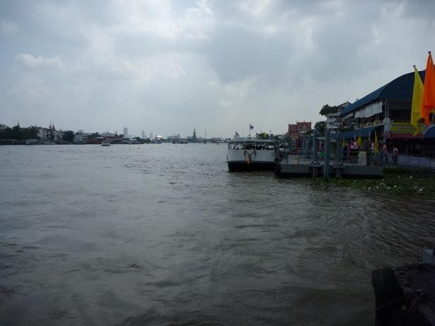 巨大なチャオ・プラヤー川2_サイズ変更
