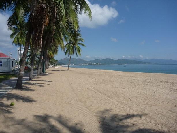 ニャチャンのビーチ1_サイズ変更