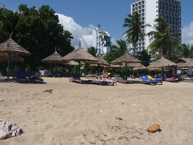ニャチャンのビーチ5_サイズ変更