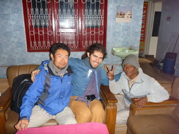 ニューヨーカーのサージャーと Shanti Lodgeにて_サイズ変更