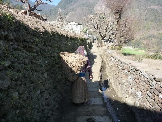 村の風景4 Ghandruk_サイズ変更