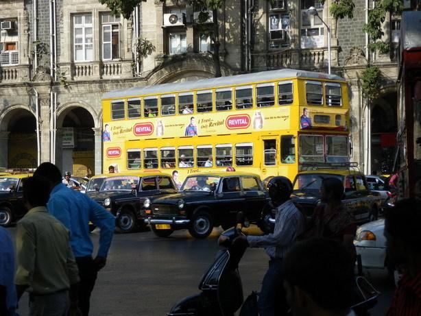 ムンバイの2階建てバス_サイズ変更