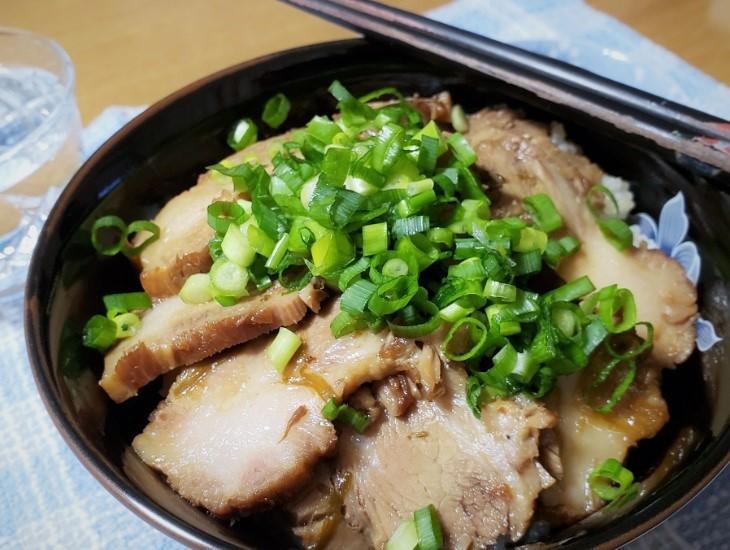 200109煮豚丼