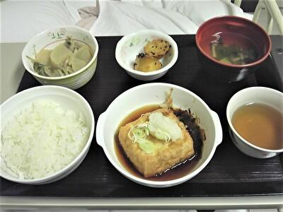 入院夕食1108