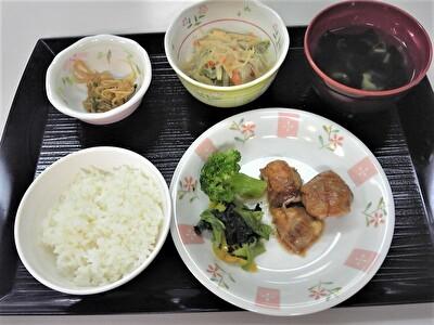 入院夕食1109