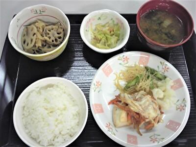 入院夕食1112