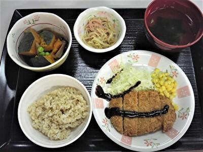 入院昼食1112