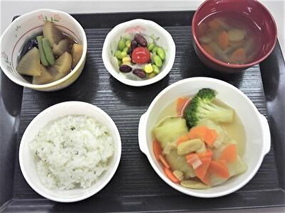 入院昼食1111