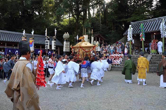 往馬大社 火祭り1