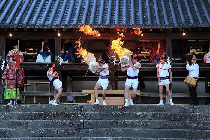 往馬大社 火祭り7