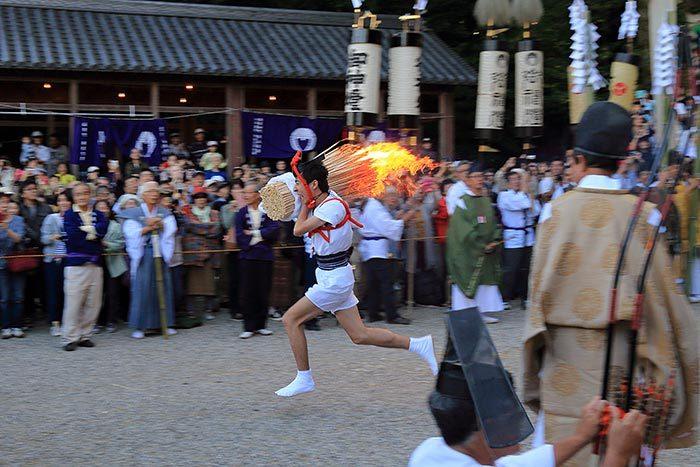 往馬大社 火祭り8