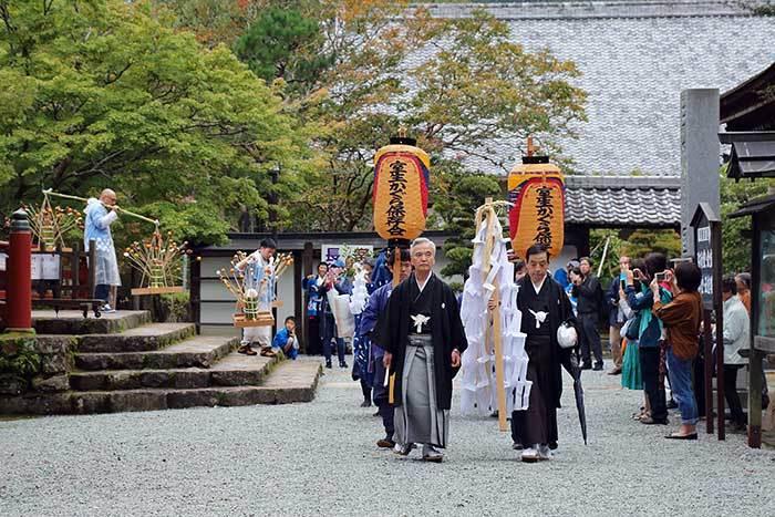 室生龍穴神社 秋祭り1
