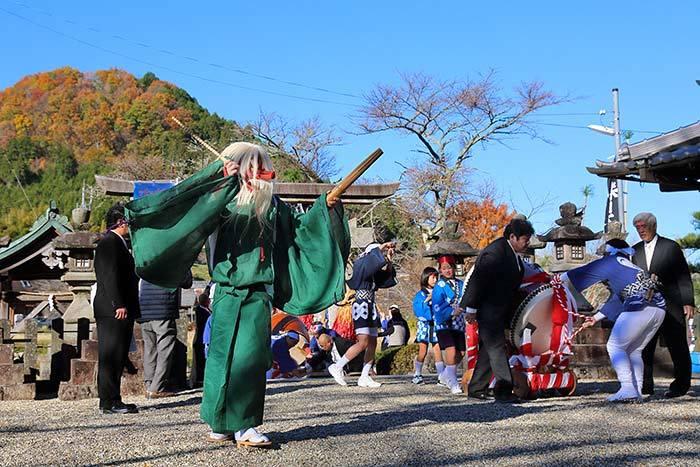 吐山の太鼓踊り2