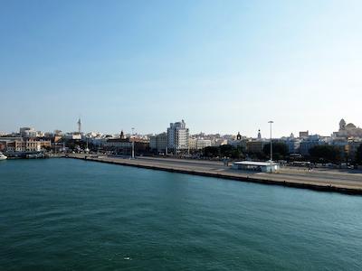 スペイン中東344カディス港