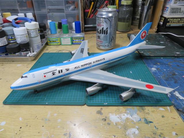 ANA B747 JA8136