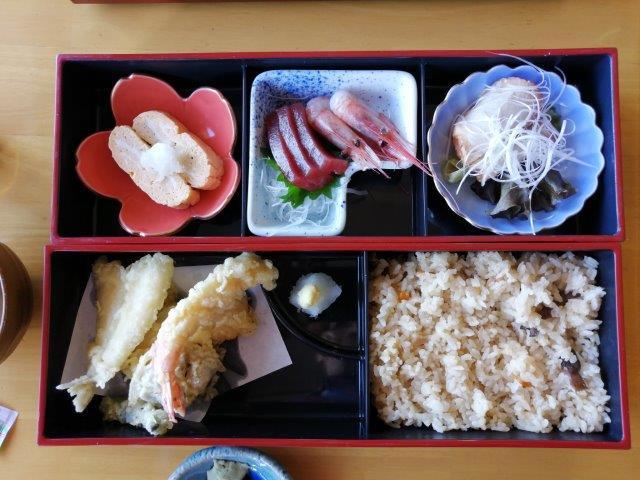 22昼食 (1)