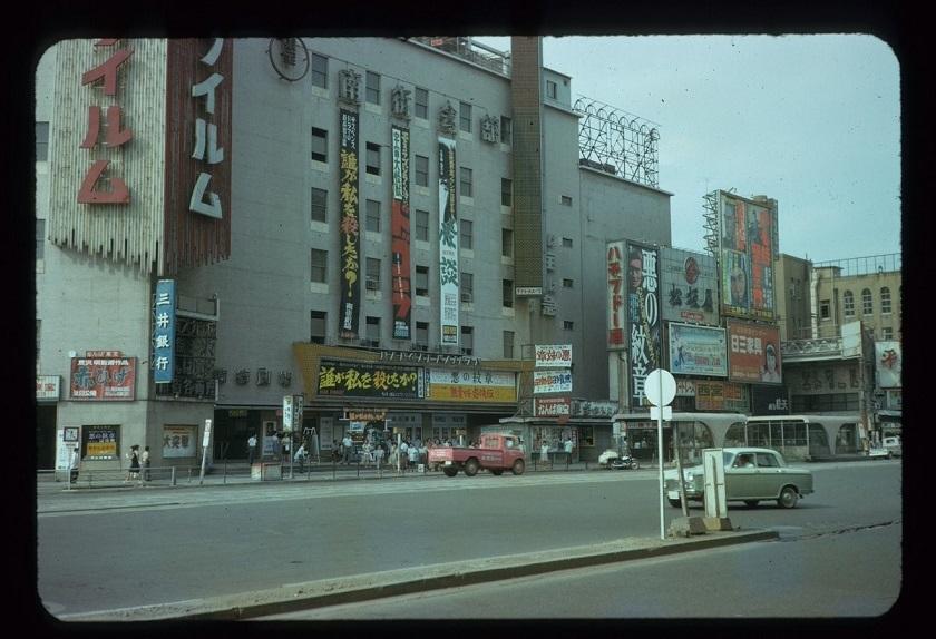 南街劇場前n (2)