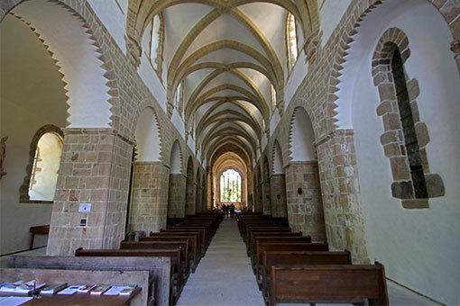 リュセルヌ・ドゥトゥルメール修道院教会