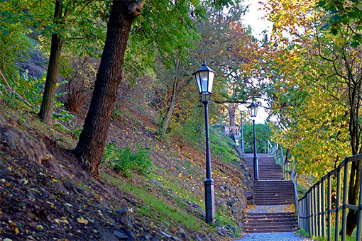 ヴィシェフラッドへの階段 紅葉下