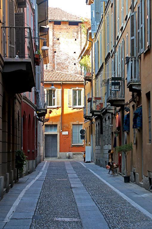 チョヴァッソ通りの風景