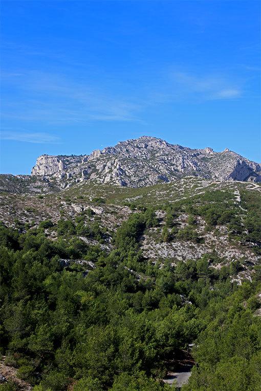 モルジウカランクへの道頂上付近からの山遠景