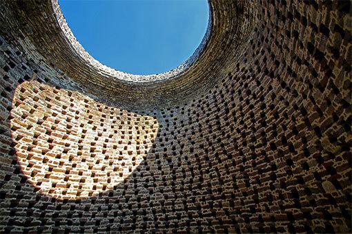 リュセルヌ・ドゥトゥルメール修道院の鳩小屋
