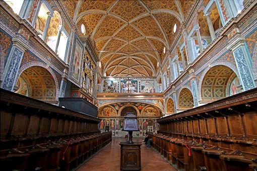 サンマウリツィオ教会 部屋全体写真